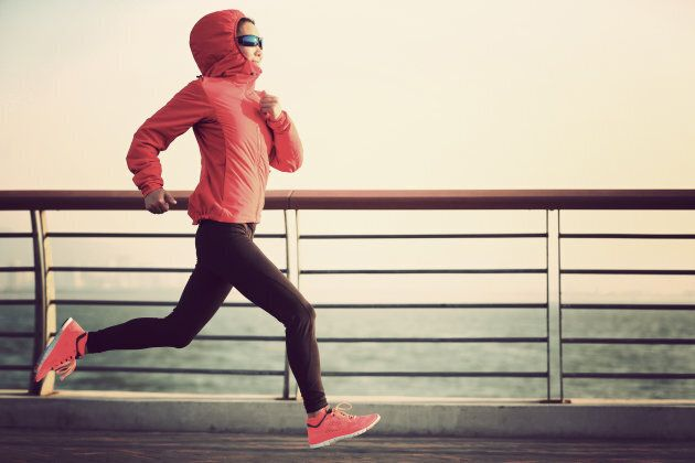 Runners, tights, sunnies aaaaand hooded jacket? It's all a bit