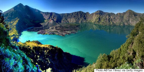 Mount Rinjani Volcanic Activity Disrupting Bali Flights Could Continue For 18