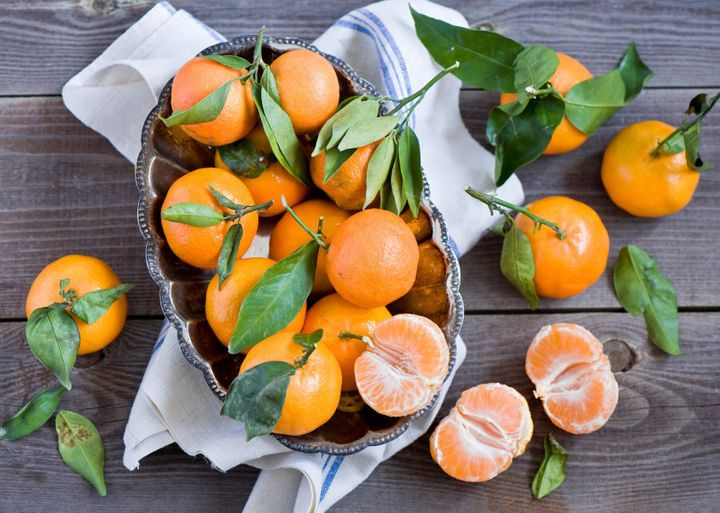 Citrus fruits like mandarins, lemon, oranges and lime are FODMAP friendly foods.