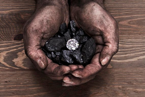 Diamonds Smashed In The Name Of Science By University Of Melbourne Geologist To Discover Volcanic