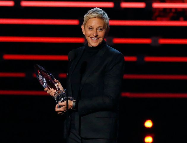 Ellen DeGeneres accepts the humanitarian award at the People's Choice Awards