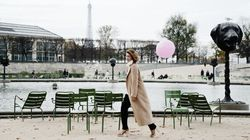 Meet The Aussie Woman Who Carries A Pink Balloon Everywhere She