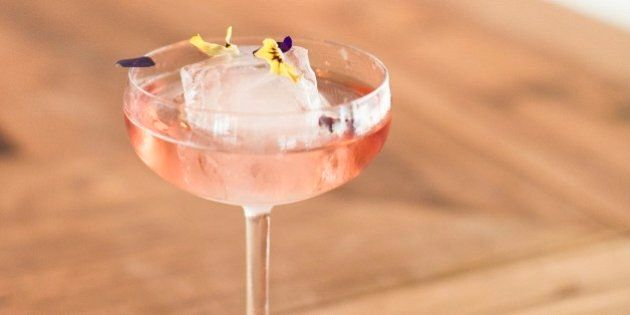 Keep Cool With These Easy And Refreshing Cocktail