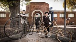 Melbourne Is Having A Tweed Bike Ride, And It's So