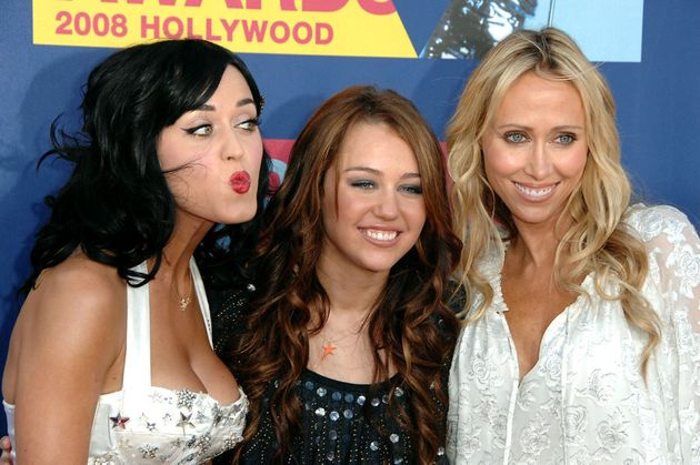 Miley Cyrus Says Katy Perry Wrote 'I Kissed A Girl' About