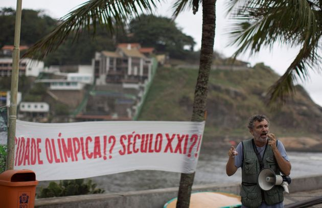 The Olympic city in the 21st century? Rio Biologist Mario Moscatelli protests against the pollution of...