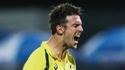 Mitch Marsh Hit The Ball Into His Shoe And The Crowd Basically Gave Him