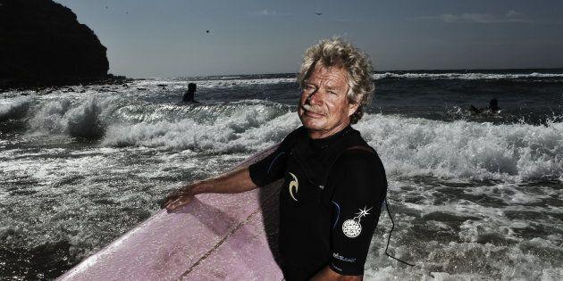 Midget Farrelly surfing at Avalon Beach in