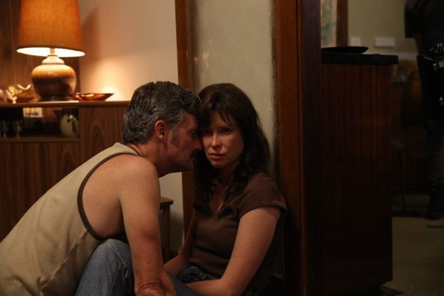 Stephen Curry and Emma Booth as John and Evelyn White in