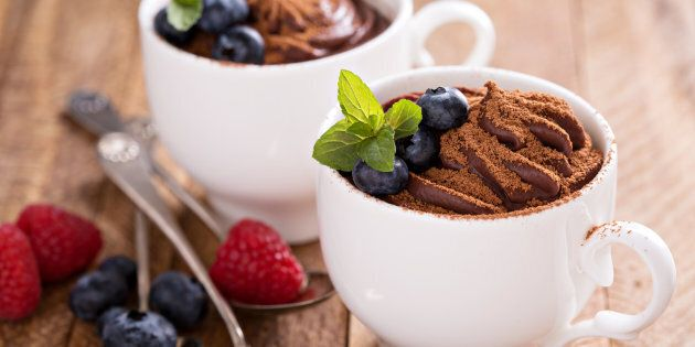Two minute avocado chocolate pudding, yes please.