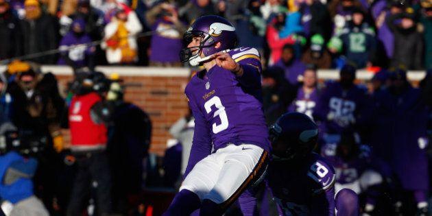 MINNEAPOLIS, MN - JANUARY 10: Blair Walsh #3 of the Minnesota Vikings misses a 27-yard field goal in...