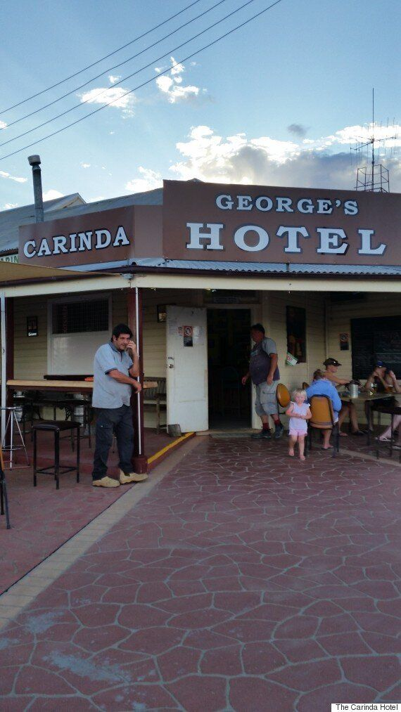 'Let's Dance' Pub, The Carinda Hotel, Pays Tribute to David