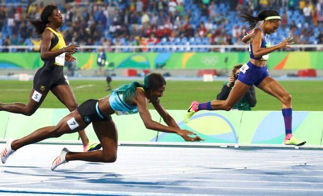 She falls at the finish