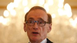 Bob Carr Believes There Is A Case To Cut Immigration By A