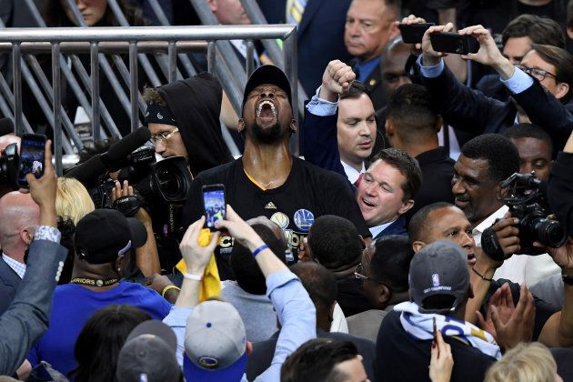 Yeah, Durant looks kinda satisfied.
