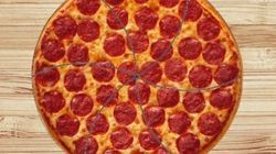How To Cut Pizza Into Perfectly Even Slices (It's Harder Than You