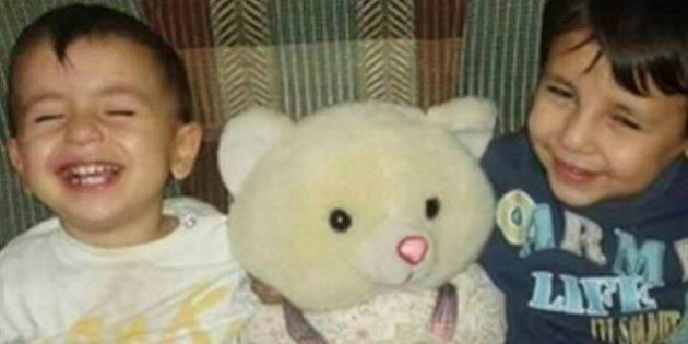 Aylan Kurdi Memorial Placed In Sydney Morning
