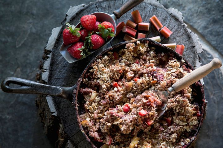 Rolled oats are a great low GI carbohydrate, which is the best reason to enjoy granola and porridge.