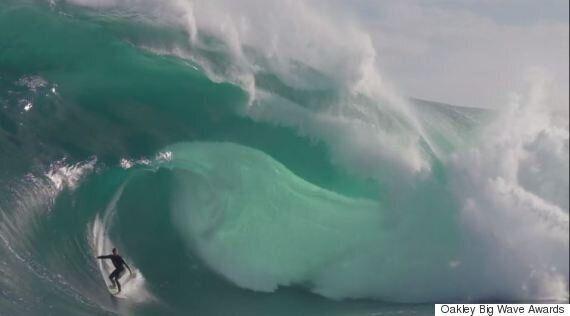 Mick Corbett Wins Oakley Big Wave Award For Best