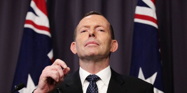 CANBERRA, AUSTRALIA - AUGUST 11:  Prime Minister Tony Abbott announces a 26-28% carbon emissions target by 2020 during a press conference at Parliament House on August 11, 2015 in Canberra, Australia. Tony Smith was elected Speaker on 10, August following the resignation of Bronwyn Bishop.  (Photo by Stefan Postles/Getty Images)