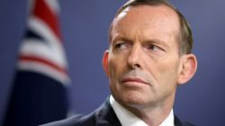 Abbott Snubbed By The Queen After He Was Dumped: