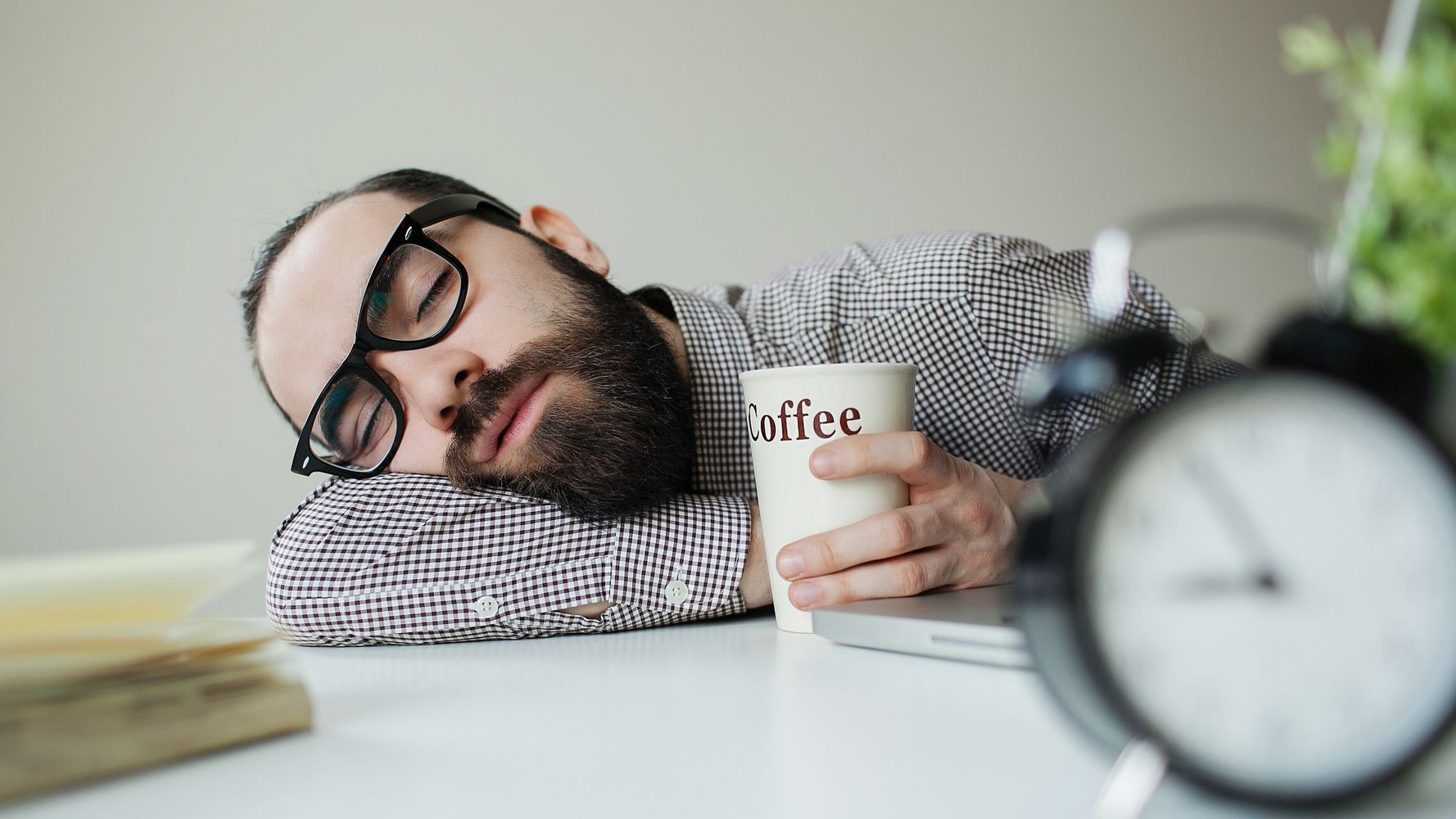 Sleepy After Lunch We Found Out Exactly Why It Happens Huffpost Australia Food Drink