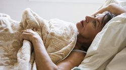Breathing And Visual Techniques For Falling Asleep (Plus Other Tips For Nodding