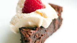 The 4-Ingredient Chocolate Cake Your Life's Been Missing (And It's