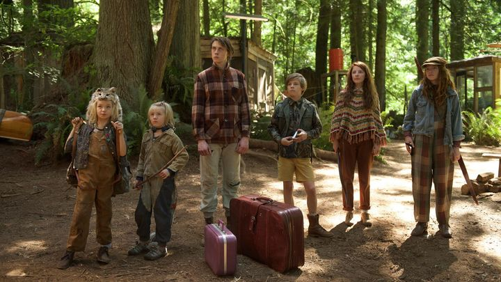 The six Cash kids. Aussie actor (Nicholas Hamilton, third from right) apparently found Ross's contract terms particularly difficult to abide by.