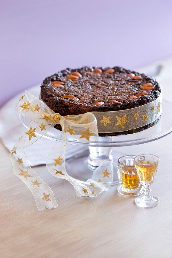 A 'Sugar Free' Christmas Cake Recipe To Try These