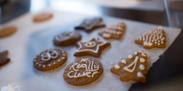 Christmas Gingerbread Is A Delicious And Thrifty Gift