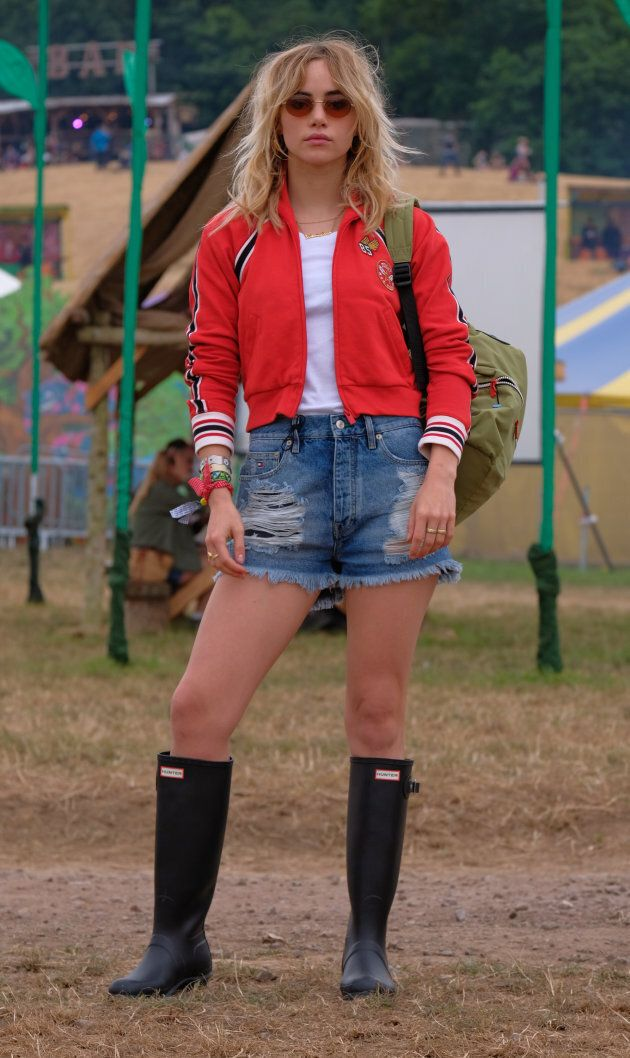 Suki Waterhouse at Glastonbury 2017.