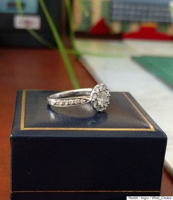 Sydney Reddit User Is Giving Away A Diamond Engagement Ring To A Loving