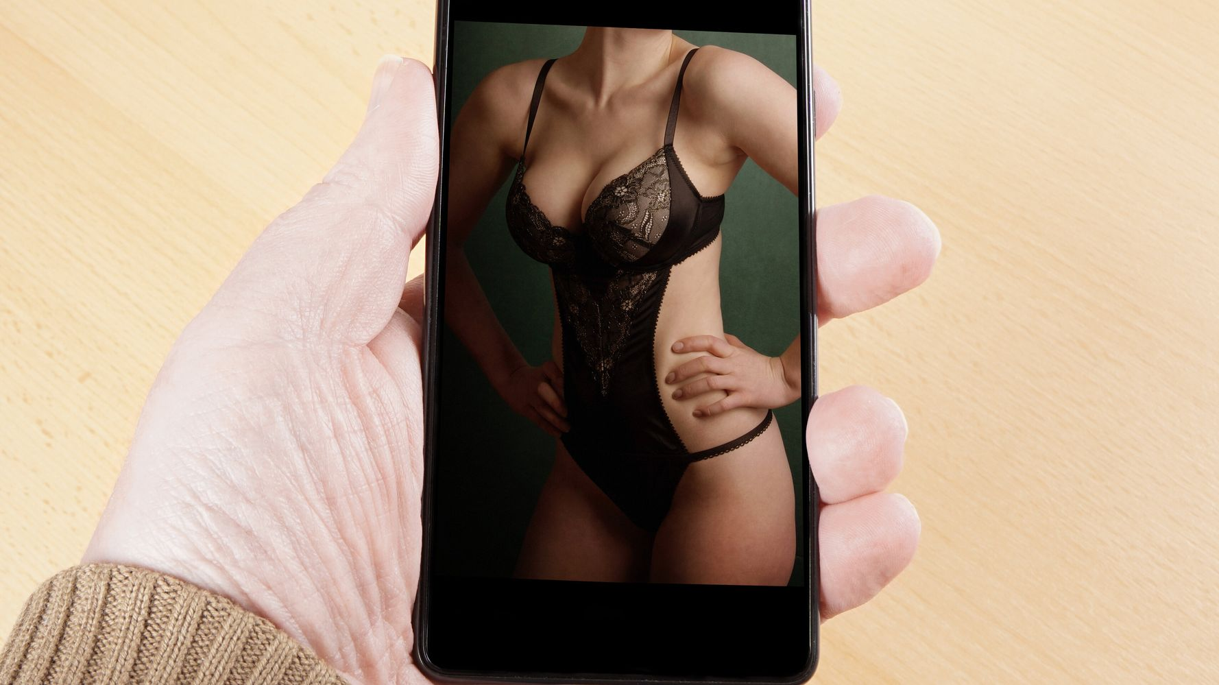 Sexting, una apuesta al olvido más que al castigo - La
