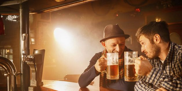 Intoxicated individuals were more likely underestimate their own level of drunkenness if they were surrounded by other intoxicated people, according to a new study.