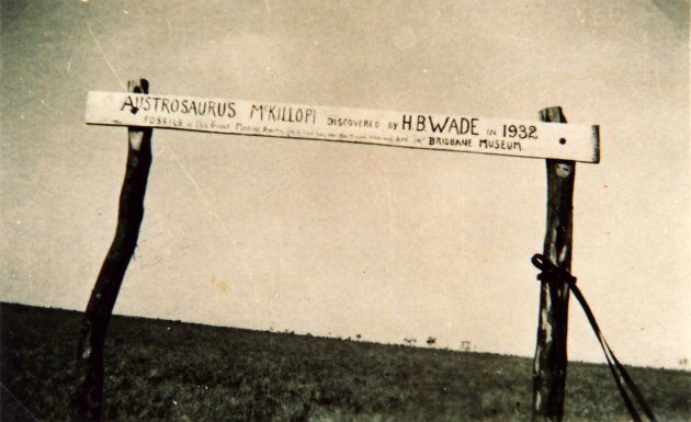In 1933, the original discoverers of the dinosaur Austrosaurus erected a sign to mark the