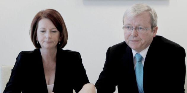 Australian Republic Push Gets Support From Kevin Rudd, Julia