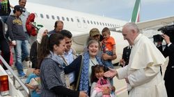 Pope Francis Takes Syrian Refugees To Vatican After Greece
