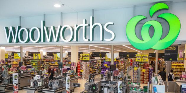 Woolworths Reinstates Qantas Points After Shaky