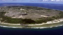 Nauru Asylum Seeker Says Male Guards Strip-Searching Female