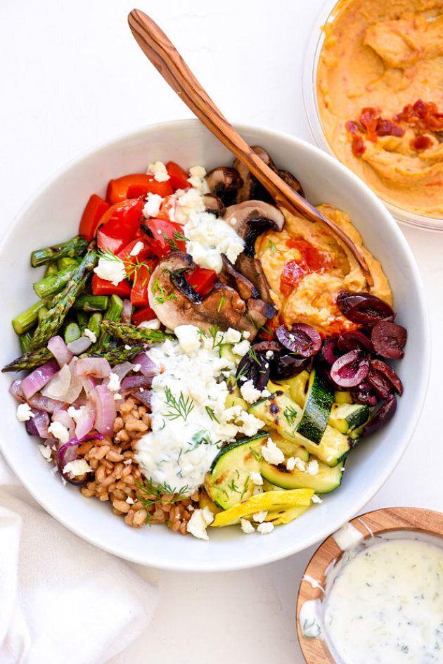 8 Delicious Breakfast Bowl