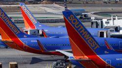 Muslim Student Kicked Off US Flight After Speaking
