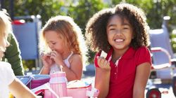 Here Are 10 Healthy Store-Bought School Snacks For Kids (And Ones To Avoid