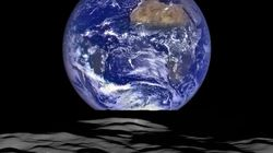 NASA Image Shows 'Earthrise' From The