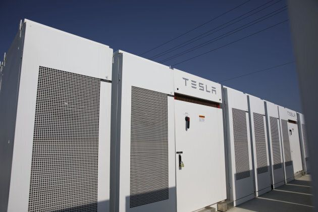 The South Australian Tesla Powerpack battery will actually look like thousands of big fridges.