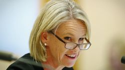 Government Defends Fiona Nash's Last-Minute Citizenship