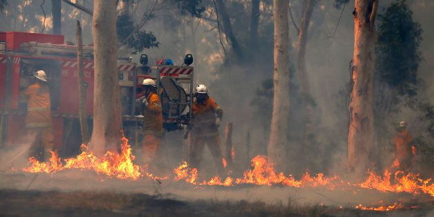 Firefighters have contained a bushfire at