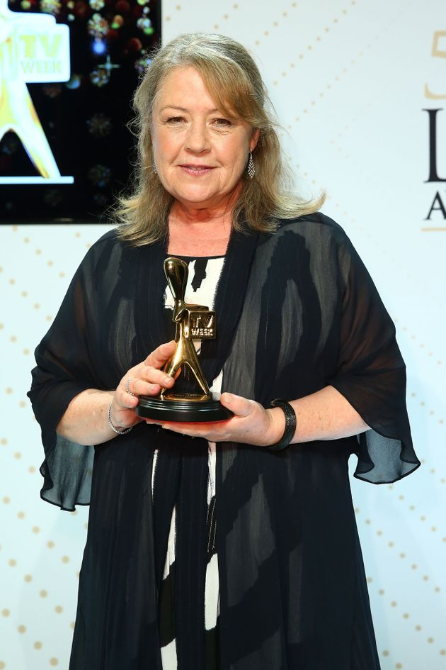Noni Hazlehurst has been praised for her straight-talking acceptance speech, after she was inducted into...