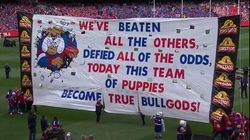 HAHAHA! Bulldogs Grand Final Banner Nails