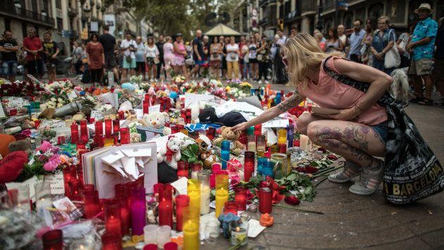 Tributes on Las Ramblas near the scene of Thursday's terrorist